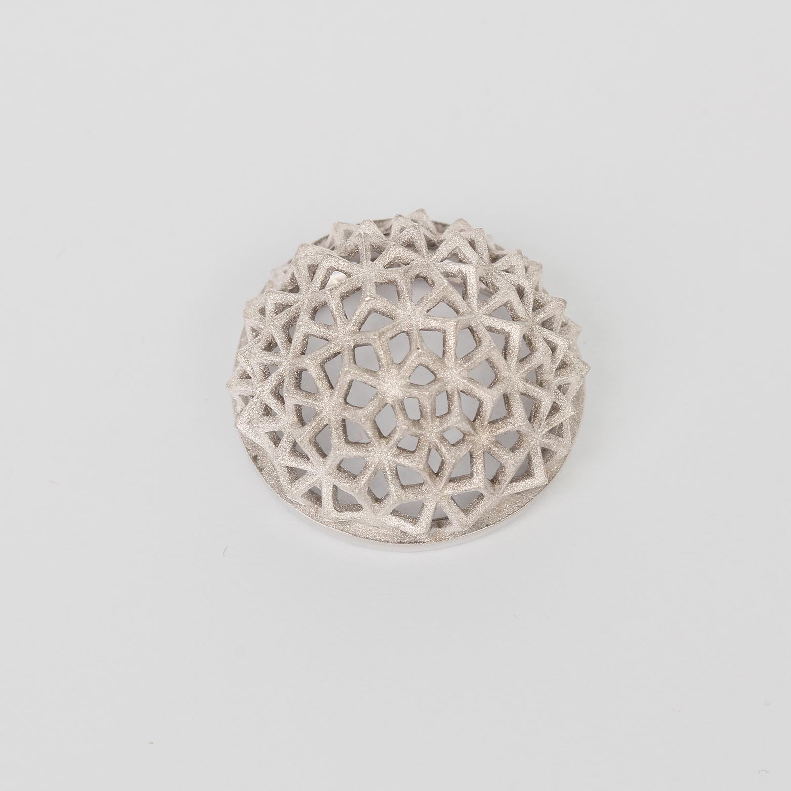 Серебряная подвеска «Мраморная роза»