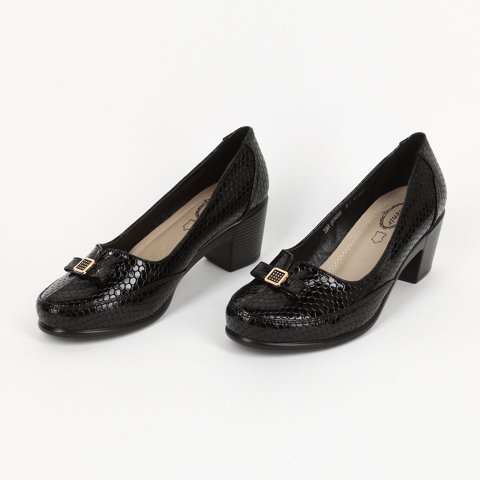 Туфли декорированные бантиком с накладкой