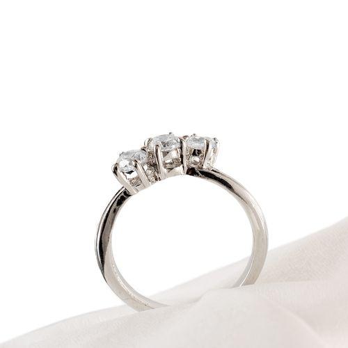 Кольцо «Тринити»