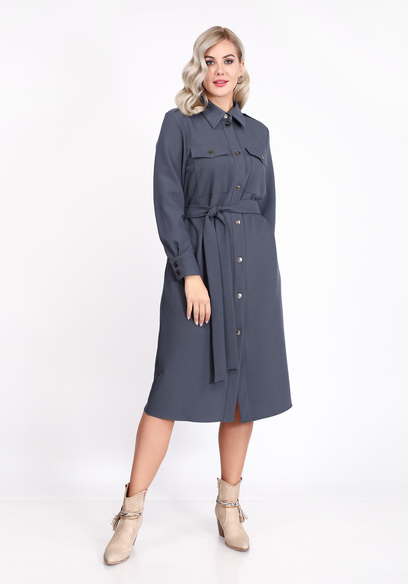 Платье с накладными карманами и поясом