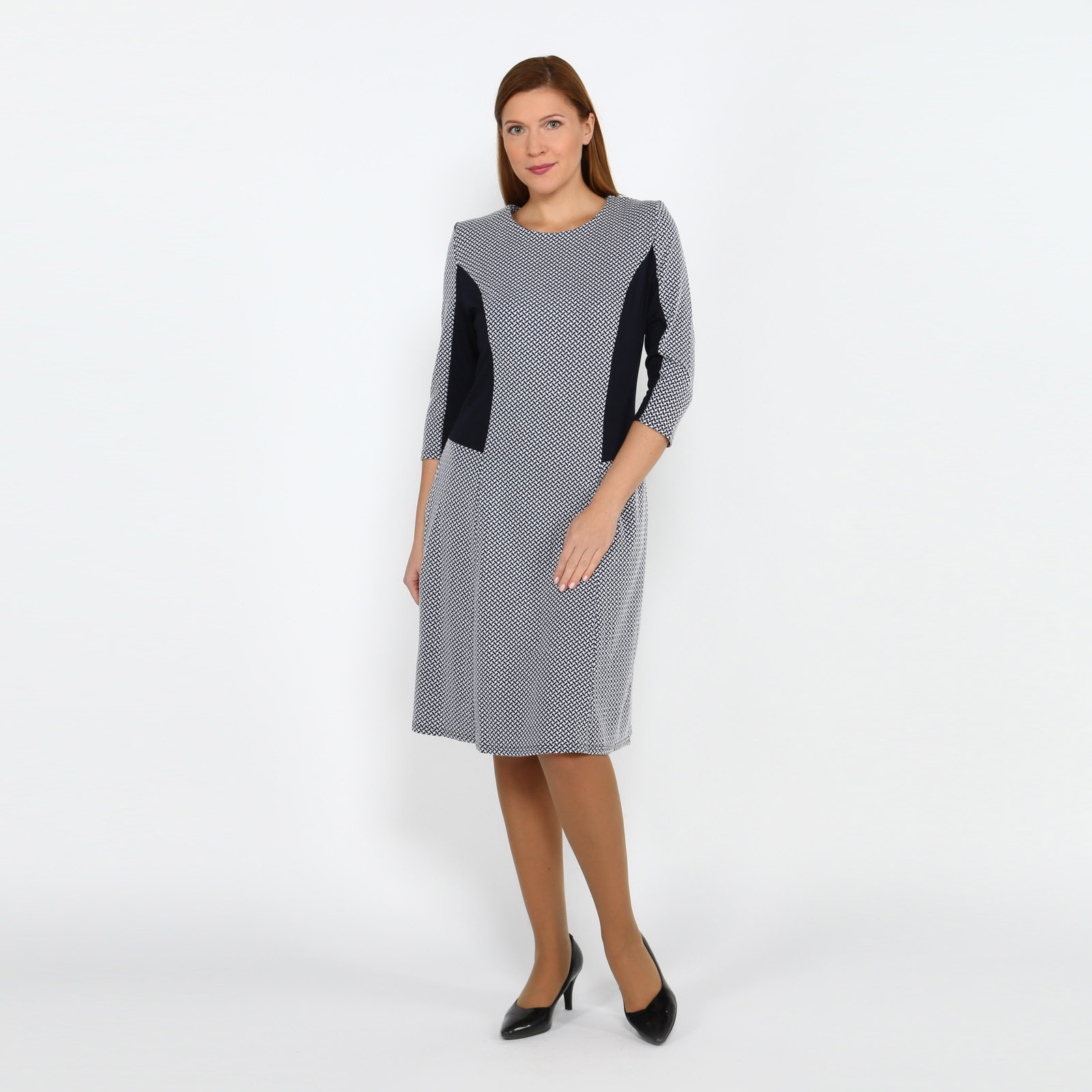 Платье с принтом и контрастными вставками
