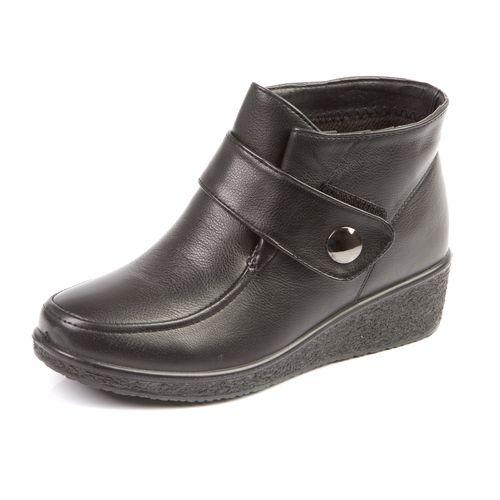 Женские зимние ботинки на танкетке