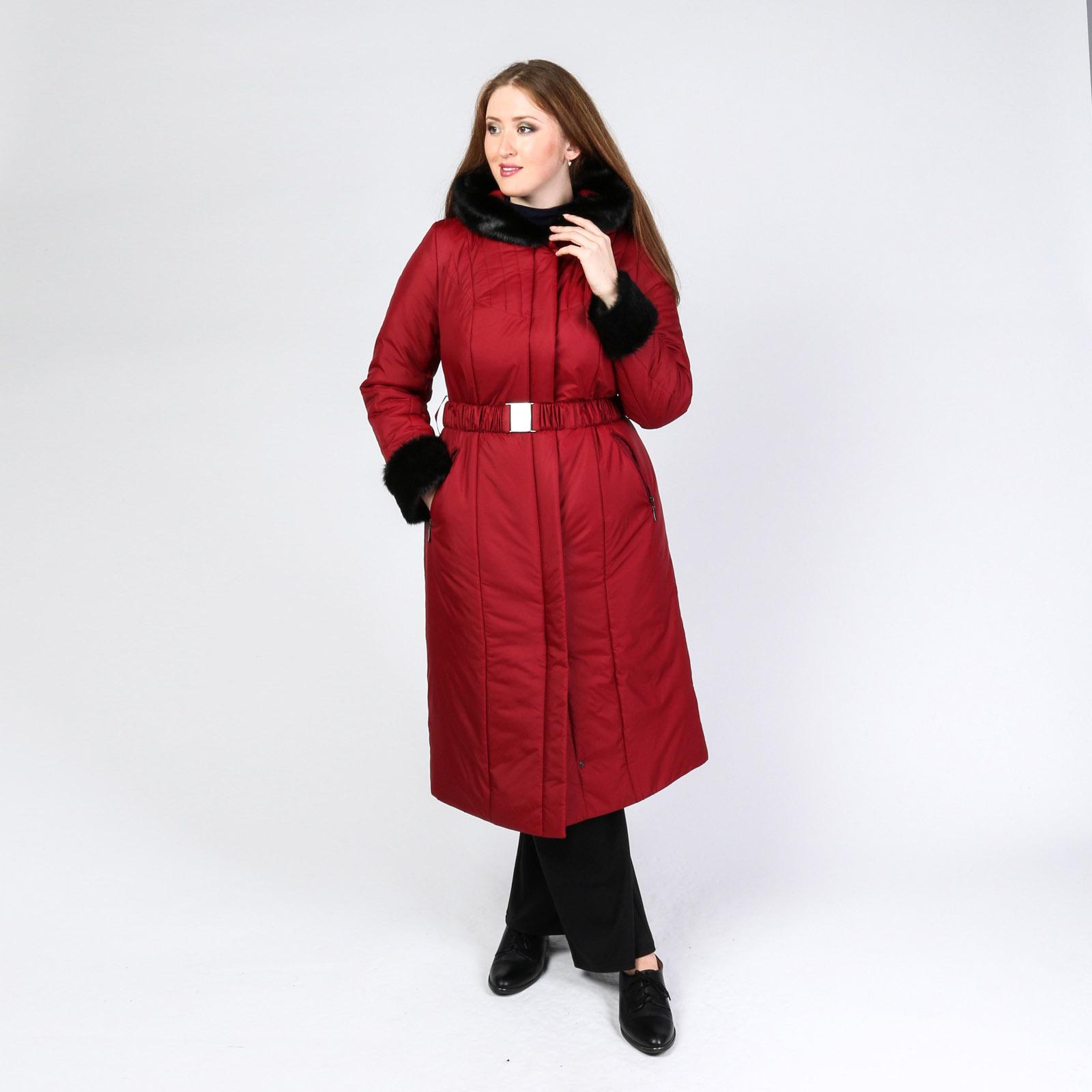 Пальто с капюшоном и поясом