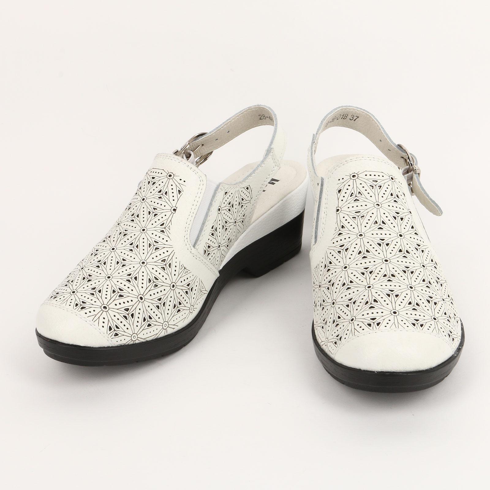 Туфли женские с цветочной перфорацией