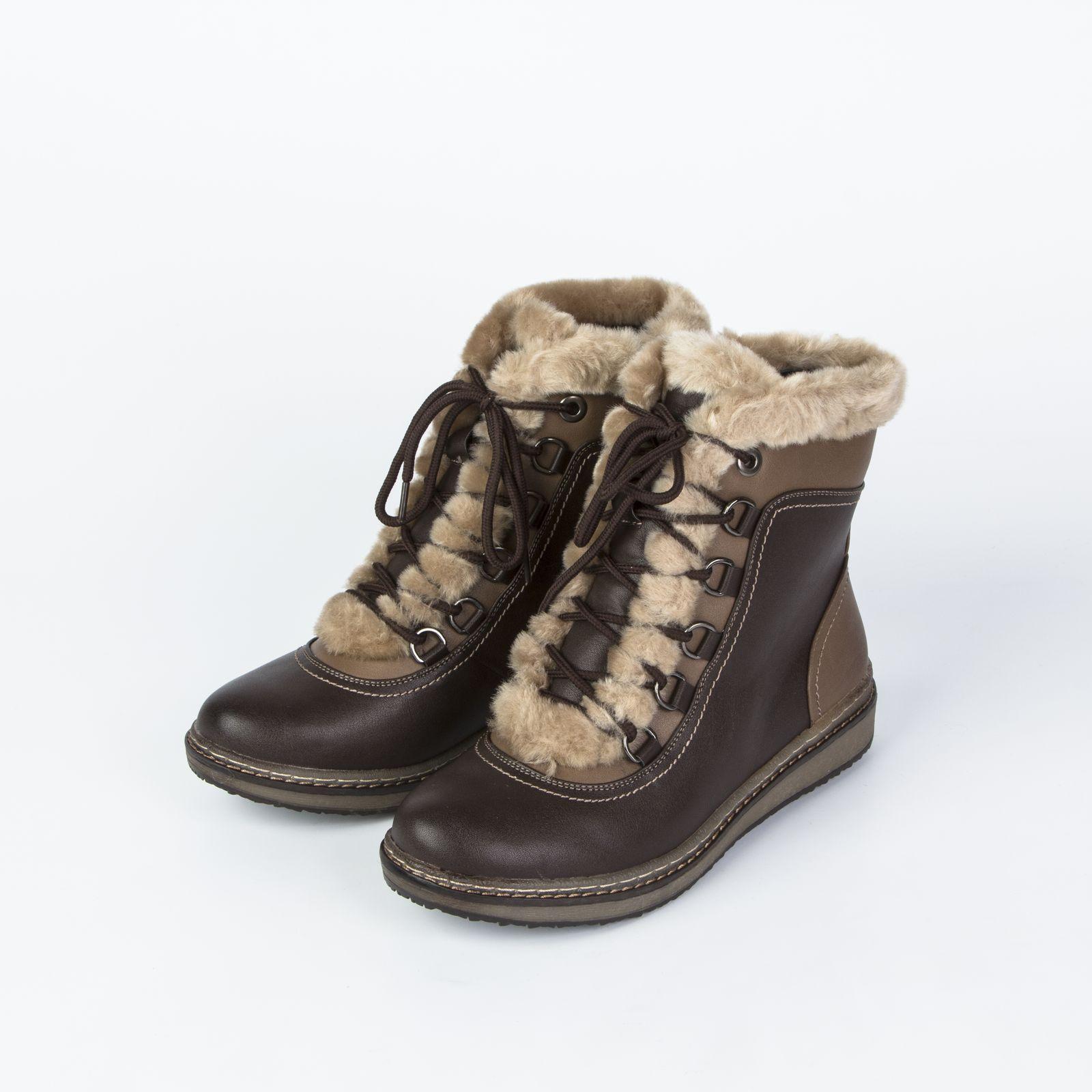 Ботинки женские с контрастными вставками и на шнуровке